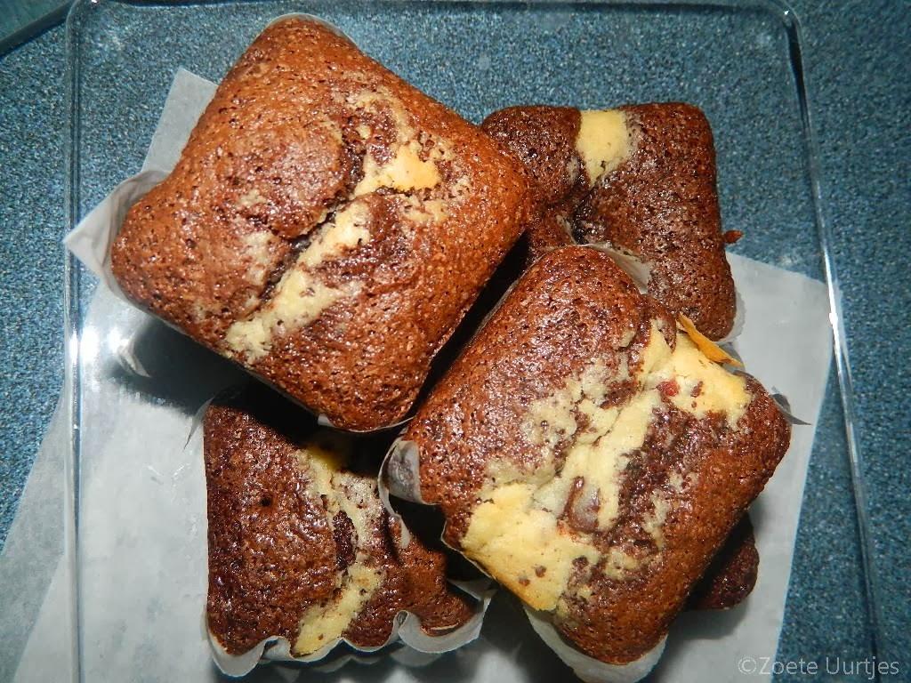 Brownies met chocoladechip koekjesdeeg