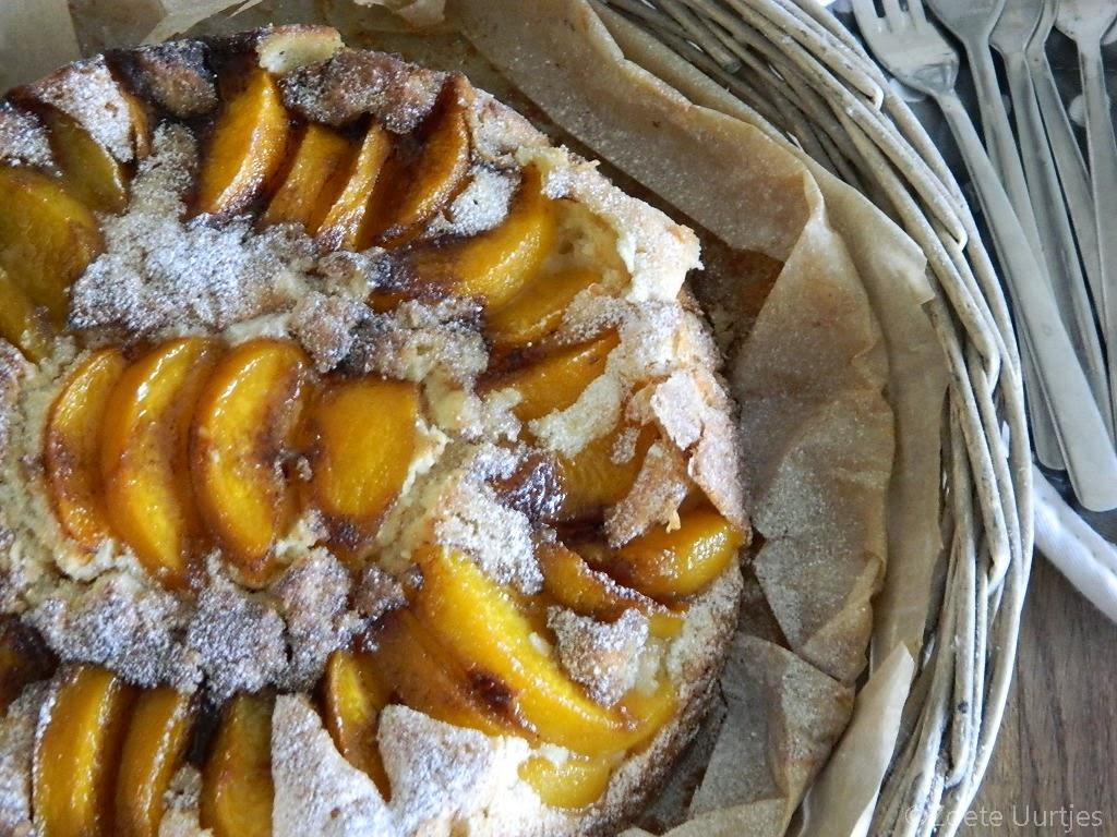 Landelijke perzikencake