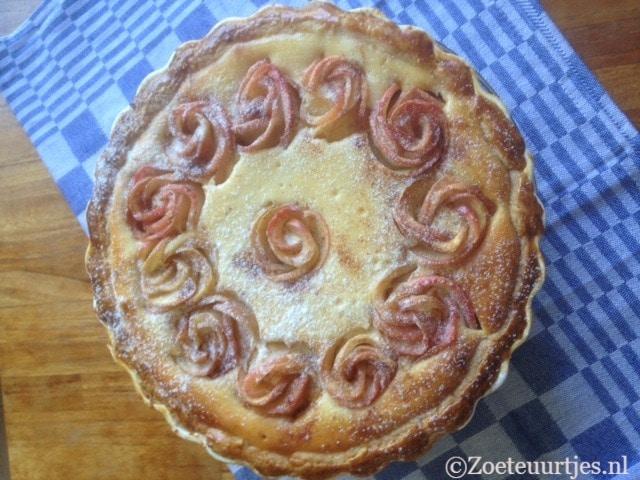 taart met mascarpone en appelroosjes