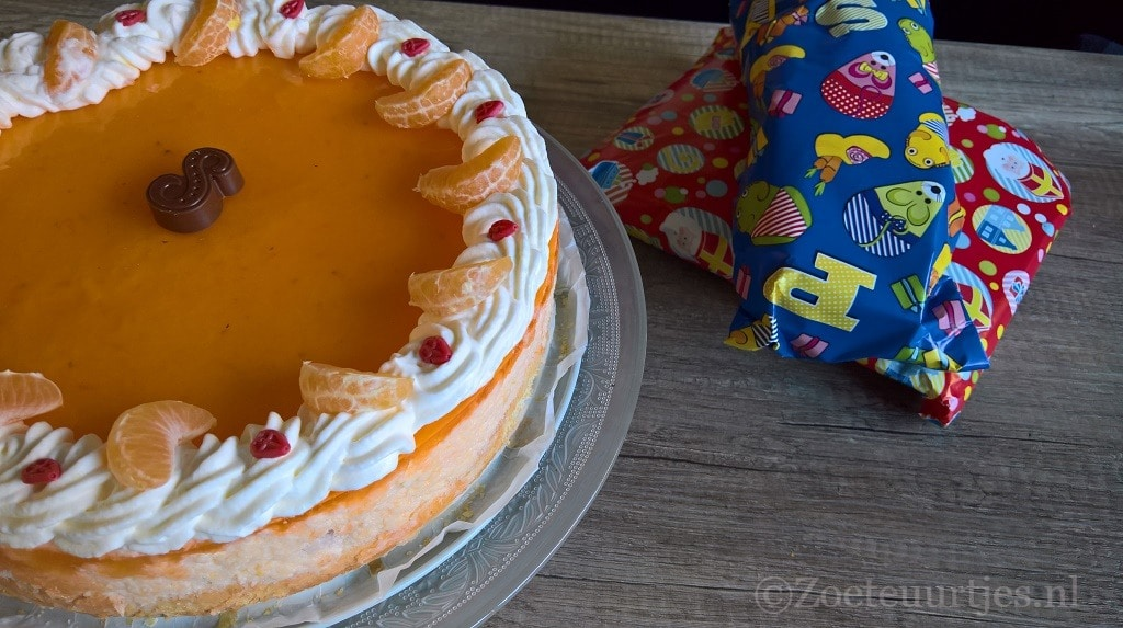 taart met mandarijnen
