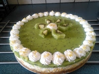 Yoghurttaart met kiwi-lemoncurd