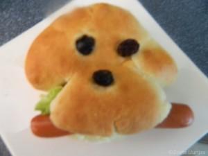 Hotdog broodjes hondje