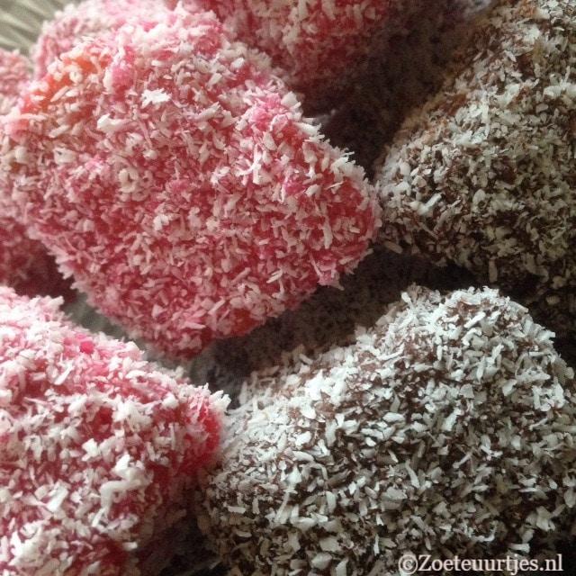 Lamingtons met chocola en framboos