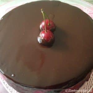 cake met cola en chocola